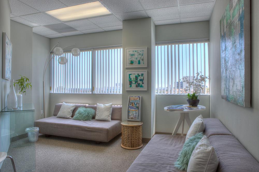Dr. Lisa Osborn - Photography Office